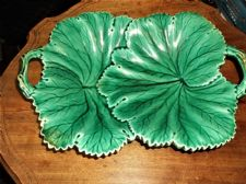 "ANTIQUE COPELAND MAJOLICA GREEN DOUBLE LEAF TRAY DISH WITH HANDLES 12"" X 9"""